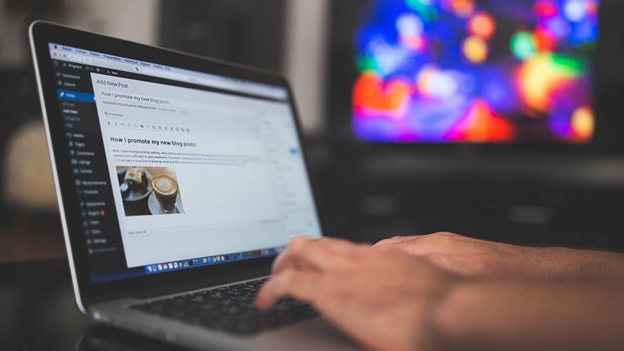Why Your Readers Didn't Share Your Last Blog Post (And What To Do About It)